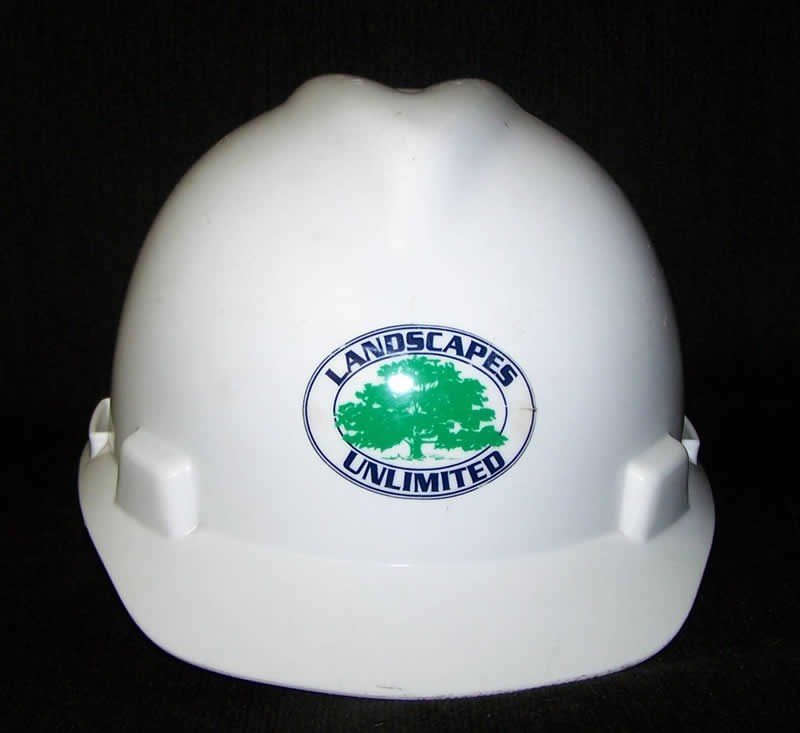/Images/GOLANDSCAPESUNLIMITED/images/PhotoGallery/Maintenance/HardHat.jpg