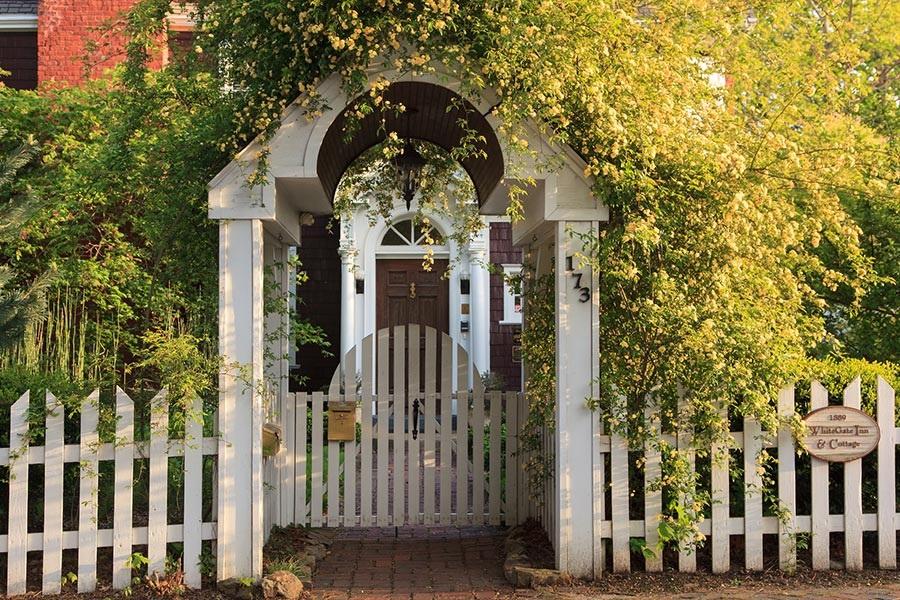1889 WhiteGate Inn and Cottage - 1