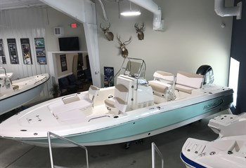 2020 Robalo R226 seafoam liquid-unknown-field [type] Boat