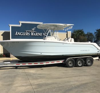 2016 Robalo R300 Ice Blue Used Boat