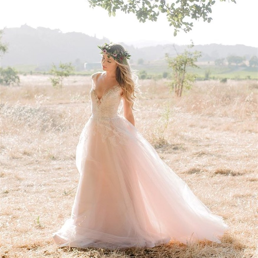 Image Credit: Coastal Know Bridal Boutique